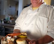 Clambakes With Lobster - ClamBake OBX & Outer Banks Grocery Stockers