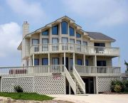 5 Bedrooms, Semi-oceanfront In Whalehead Beach - Corolla Classic Vacations