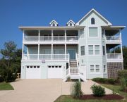 7 Bedrooms Oceanside - Corolla Classic Vacations