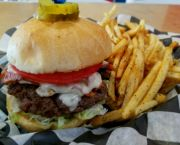 B.e.l.t Burger - Uncle Ike's Sandbar & Grill