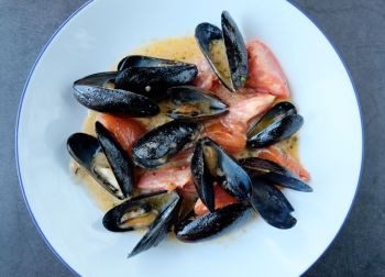 Mike Dianna's Grill Room, PEI Mussels