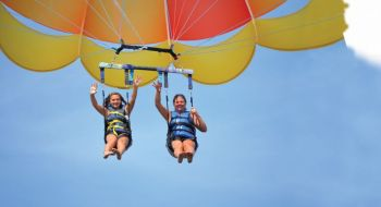 Free Parasailing Flight