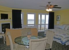 Suite at Inn at Corolla Light