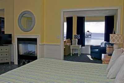 Deluxe King Room with waterfront view