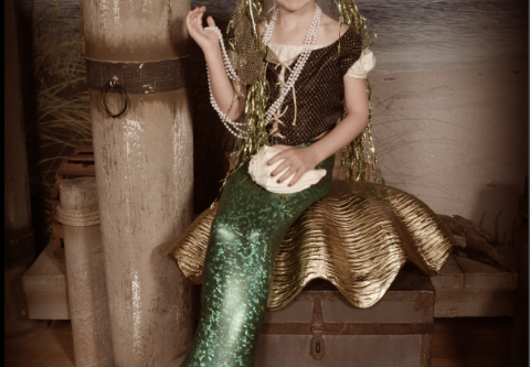 Miss Kitty's Old Time Photos and Gifts, Become a Mermaid or a Pirate